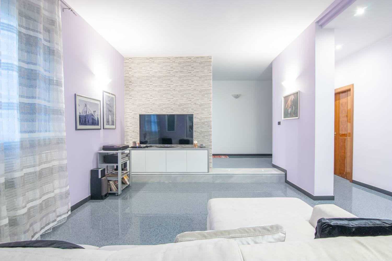 Appartamento in vendita a Palo del Colle, 7 locali, prezzo € 340.000   PortaleAgenzieImmobiliari.it