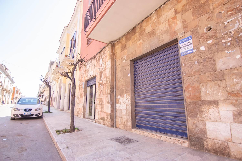 Immobile Commerciale in vendita a Palo del Colle, 5 locali, prezzo € 95.000 | CambioCasa.it