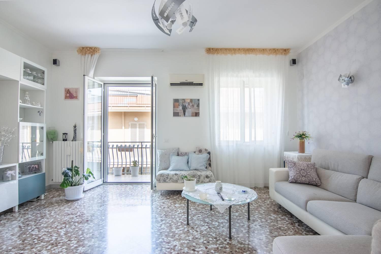 Appartamento in vendita a Bitonto, 3 locali, prezzo € 125.000 | CambioCasa.it