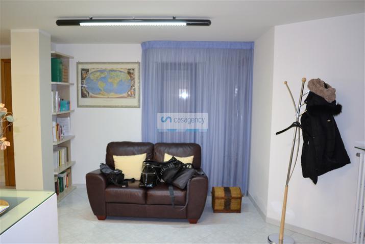 Ufficio in Via Villafranca, Altamura