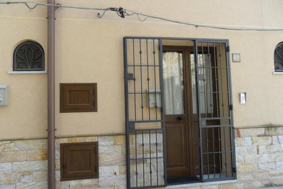 Appartamento in affitto a Bagheria, 3 locali, prezzo € 350 | CambioCasa.it
