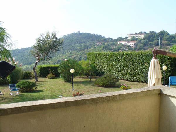 Villa a schiera, Castellaccio, Livorno, in ottime condizioni