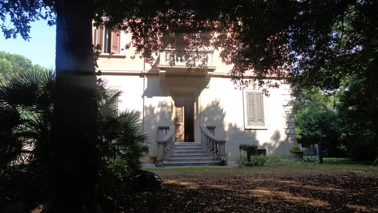VICARELLO, COLLESALVETTI, Villa for sale of 450 Sq. mt., Be restored, Heating Individual heating system, Energetic class: G, placed at Raised,