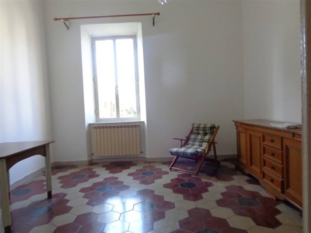QUERCIANELLA, LIVORNO, Apartment for rent of 76 Sq. mt., Good condition, Heating Individual heating system, Energetic class: G, Epi: 150,6 kwh/m2