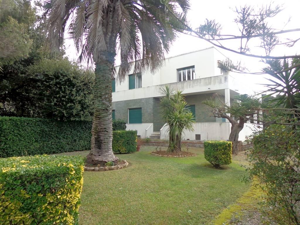 ARDENZA MARE, LIVORNO, Villa des vendre de 420 Mq, Habitable, Chauffage Autonome, Classe Énergétique: G, Epi: 138,6 kwh/m2 l'année, par terre élevé,