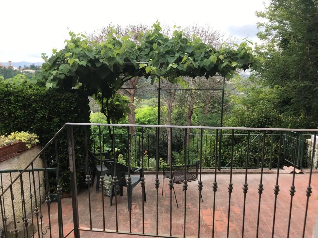 Appartamento in vendita a Crespina Lorenzana, 3 locali, zona Località: COLLEALBERTI, prezzo € 89.000 | PortaleAgenzieImmobiliari.it