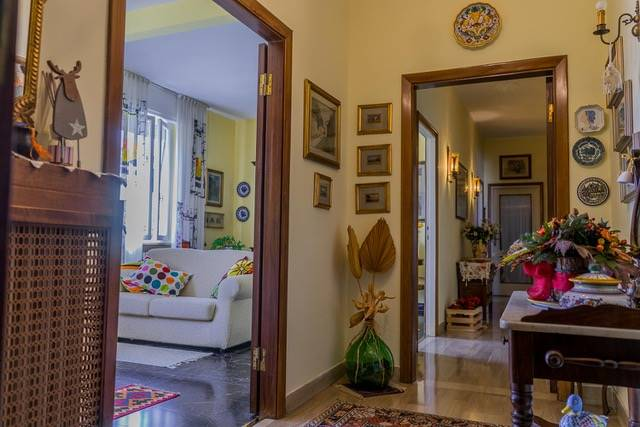 CENTRO, LIVORNO, Apartment for sale of 185 Sq. mt., Habitable, Heating Individual heating system, Energetic class: F, Epi: 181,2 kwh/m2 year, placed