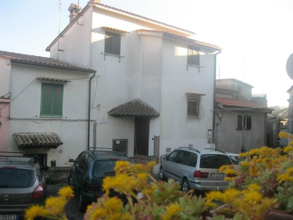 Appartamento indipendente, Capena, in ottime condizioni