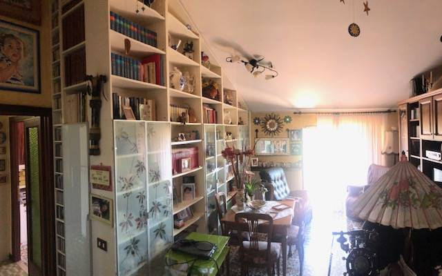 Appartamento in vendita a Castelnuovo di Porto, 4 locali, prezzo € 110.000 | CambioCasa.it