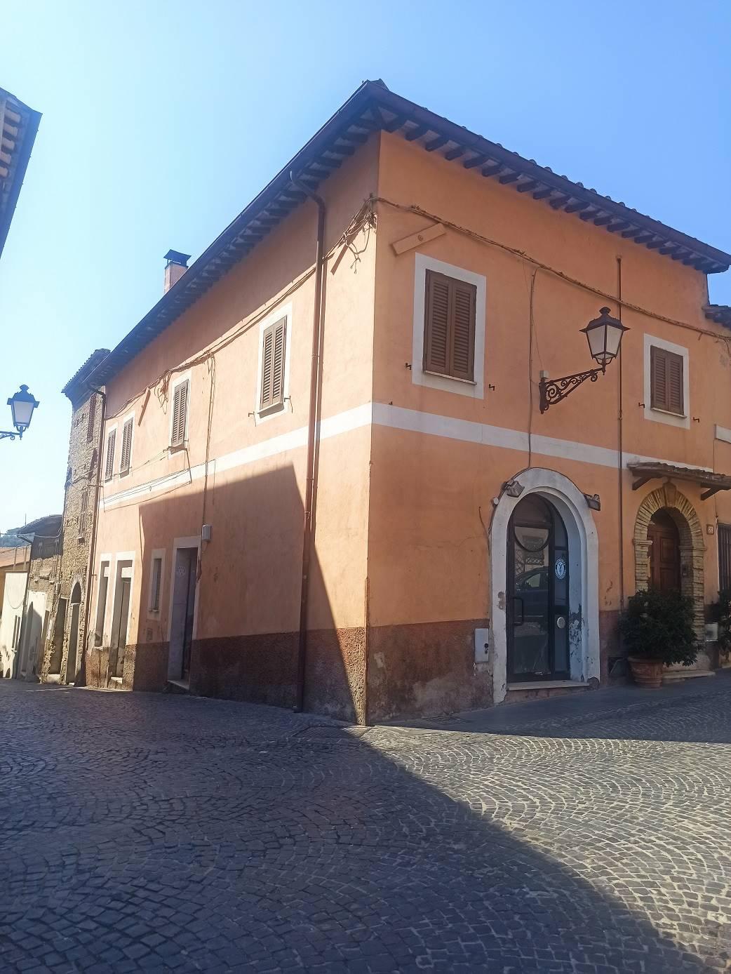 Appartamento in vendita a Nazzano, 4 locali, prezzo € 95.000 | CambioCasa.it