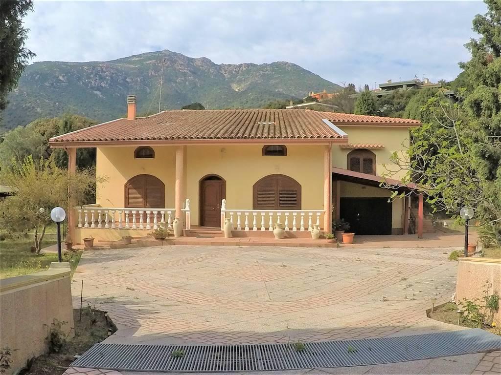 Villa, Capoterra, in ottime condizioni