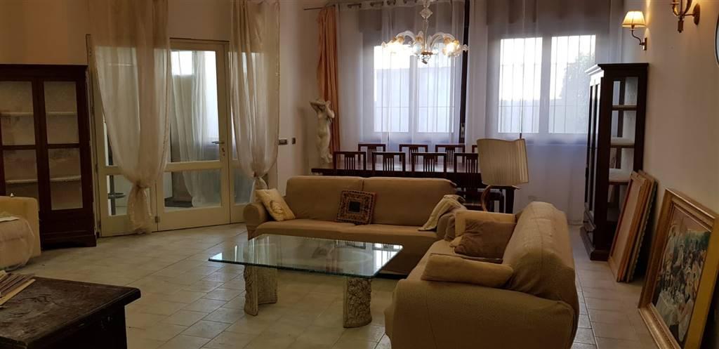 Loft / Openspace in vendita a Cernusco sul Naviglio, 6 locali, prezzo € 260.000 | PortaleAgenzieImmobiliari.it
