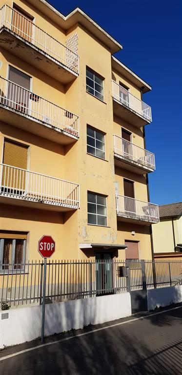 POZZUOLO MARTESANA, Appartamento in vendita di 90 Mq, Ristrutturato, Riscaldamento Autonomo, Classe energetica: G, Epi: 340,41 kwh/m2 anno, posto al