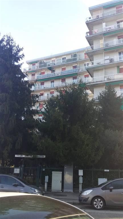 PIOLTELLO, Appartamento in vendita di 71 Mq, Buone condizioni, Riscaldamento Autonomo, Classe energetica: G, Epi: 175 kwh/m2 anno, posto al piano 7°