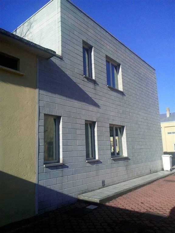 CERNUSCO SUL NAVIGLIO, Capannone industriale in affitto di 1000 Mq, Classe energetica: G, composto da: , Prezzo: € 3.000