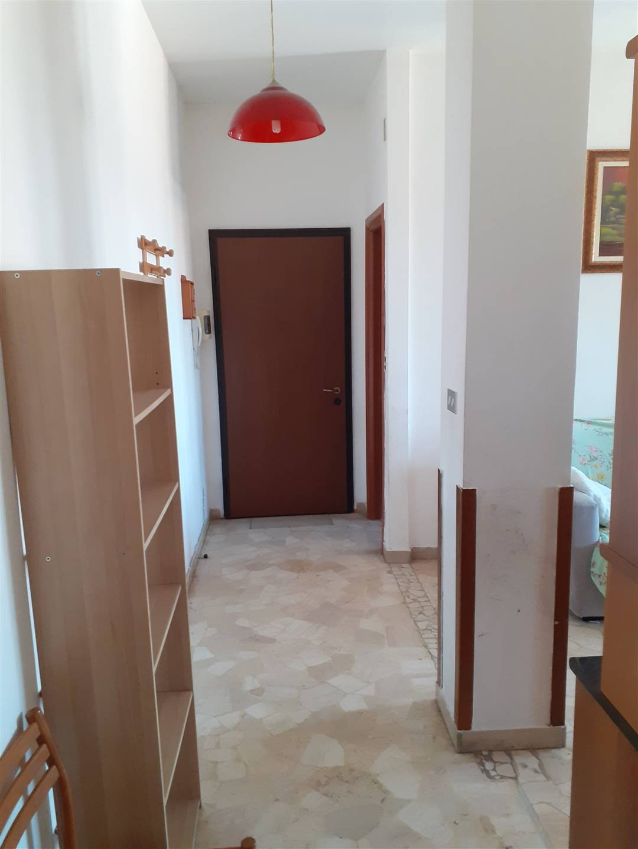 CASSINA DE'PECCHI, Appartamento in affitto di 100 Mq, Buone condizioni, Riscaldamento Centralizzato, Classe energetica: G, posto al piano 6°,
