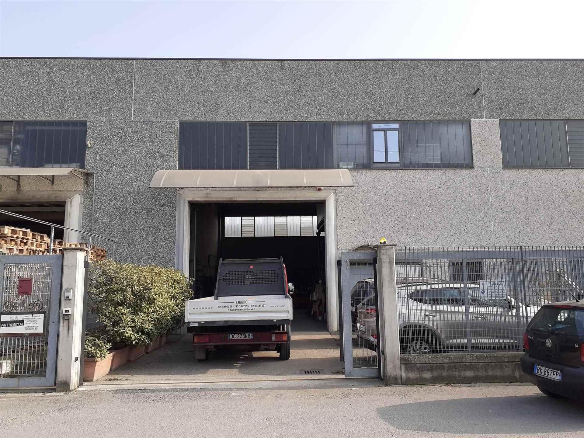 Capannone in vendita a Cambiago, 9999 locali, prezzo € 245.000 | PortaleAgenzieImmobiliari.it