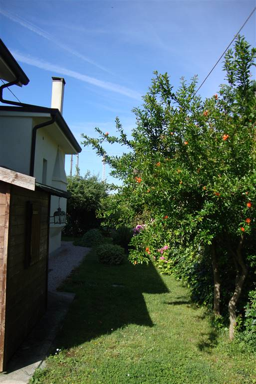 Casa singola, Fuori Mura, Treviso, ristrutturata