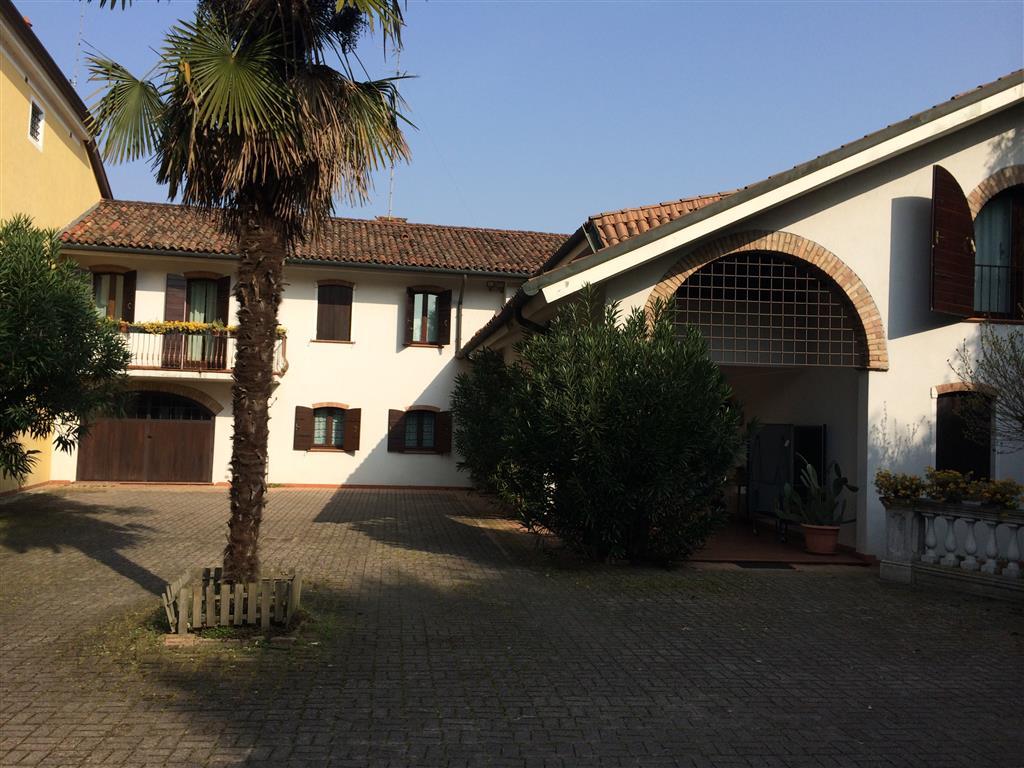 Villa, Selvana,fiera, Treviso, ristrutturata