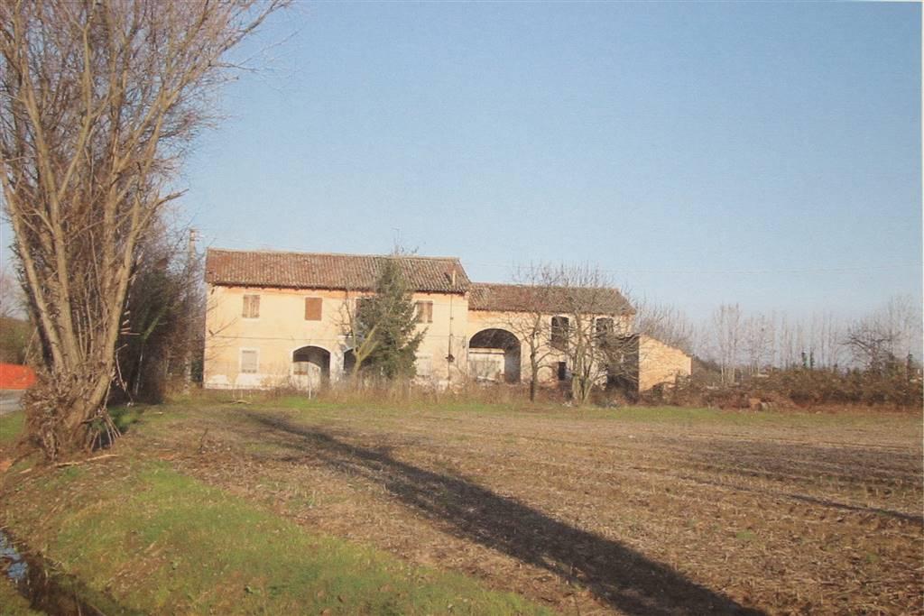 Rustico casale, S. Antonino, Treviso, da ristrutturare