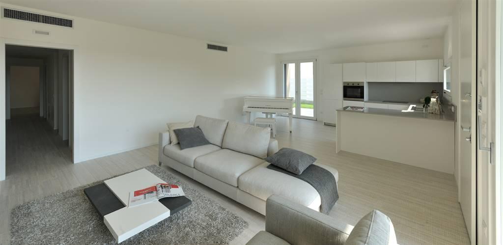 Appartamento in vendita a Ponzano Veneto, 8 locali, zona ano, prezzo € 360.000 | PortaleAgenzieImmobiliari.it