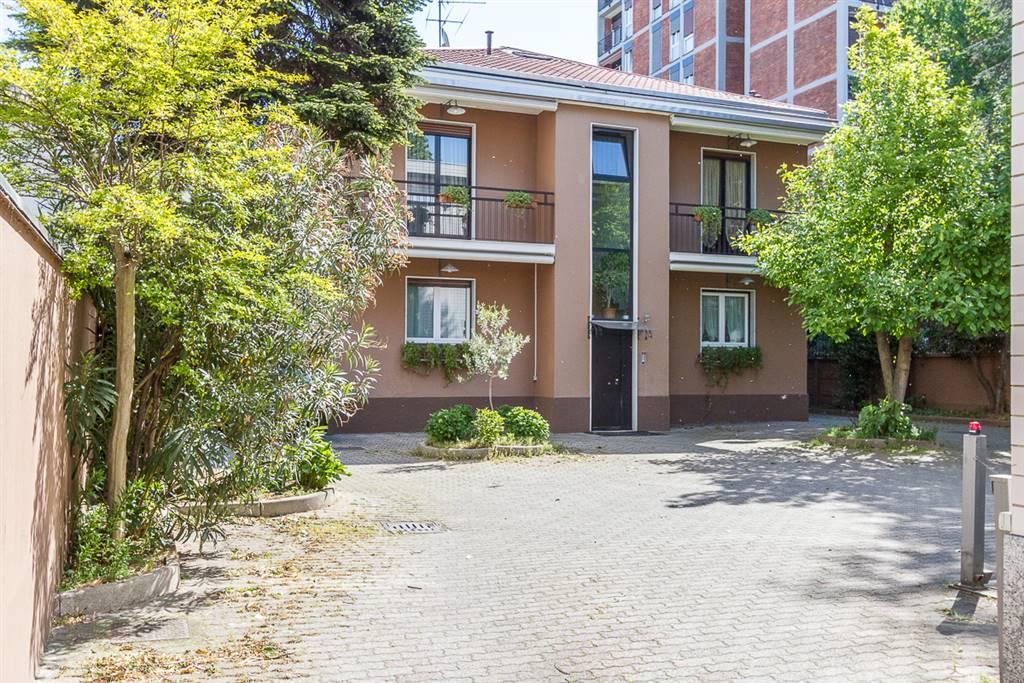 Villa in Via Pisani 12, San Fruttuoso, Triante, San Carlo, San Giuseppe, Monza