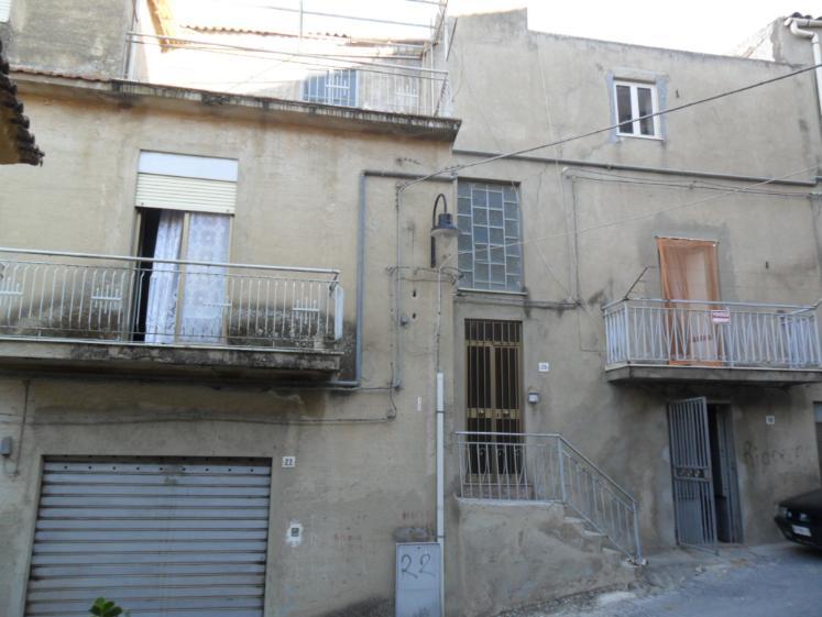 Casa singola in Via Callari, San Cataldo