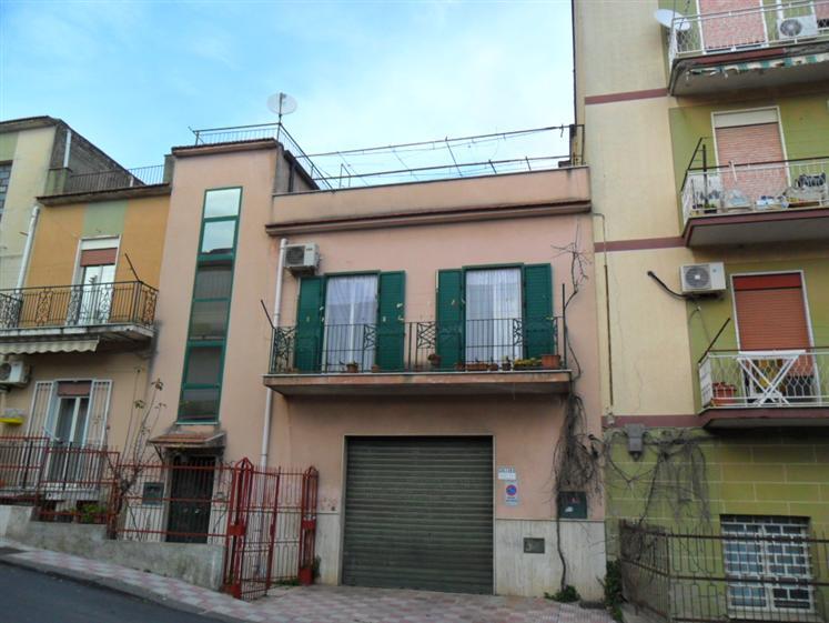 Casa singola, San Cataldo, da ristrutturare