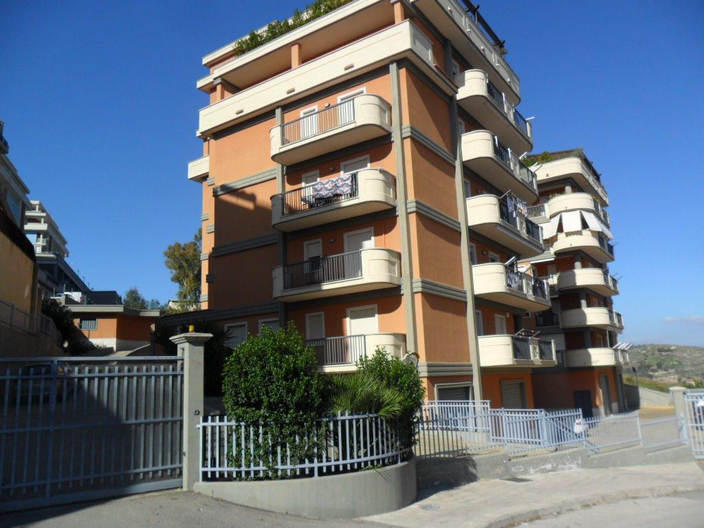 Trilocale in Via Stesicoro, San Cataldo
