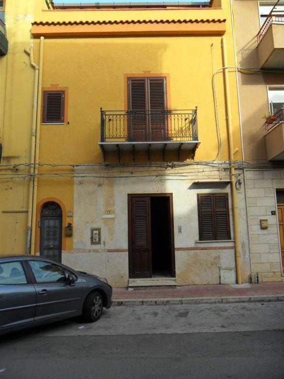 Appartamento indipendente in Via Roma 13, Ficarazzi