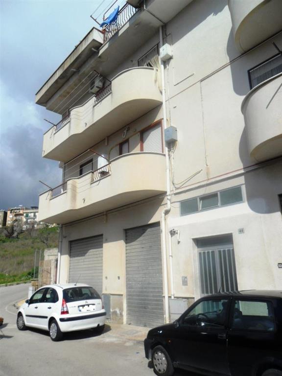 Trilocale in Via Pietro Novelli 44, San Cataldo