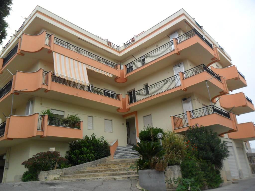 Quadrilocale in Viale Dei Platani 92, San Cataldo