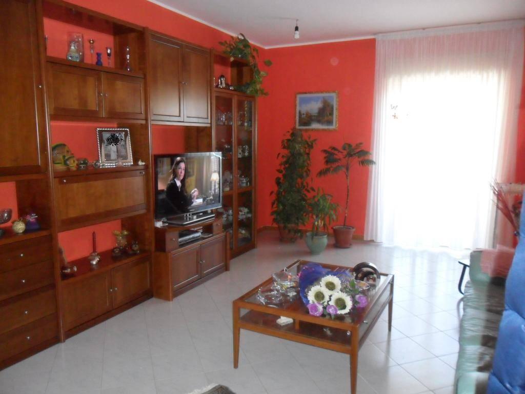Quadrilocale in Via Paladini  258, Caltanissetta