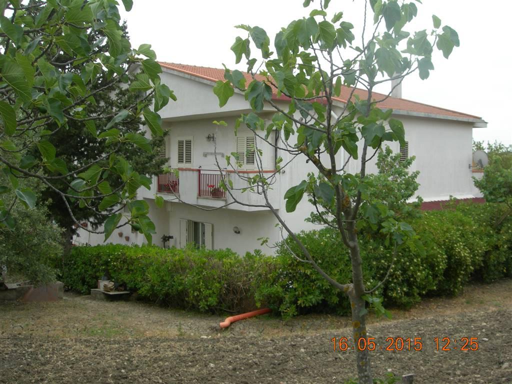 Villa in C.da Decano, San Cataldo
