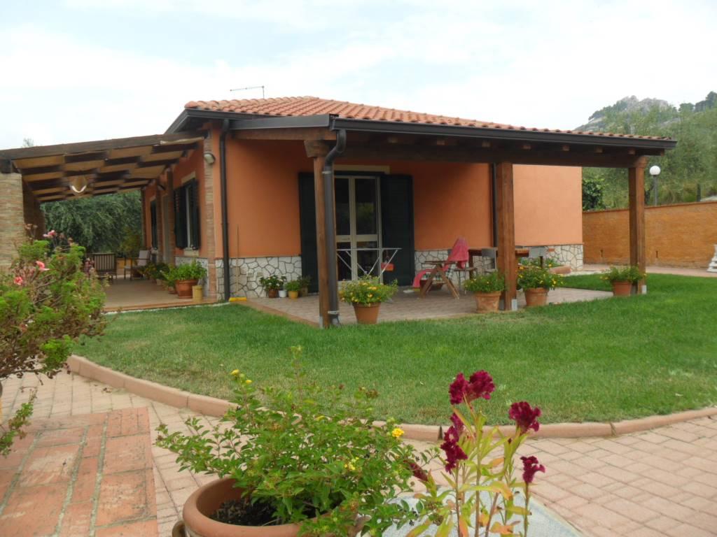 Villa in Strada Provinciale 40, San Cataldo