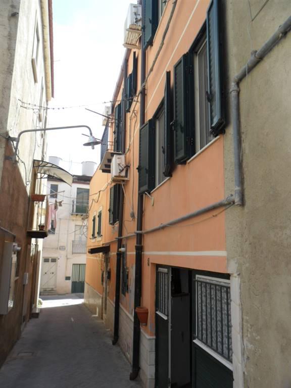 Casa singola in Via Valenza 1, San Cataldo