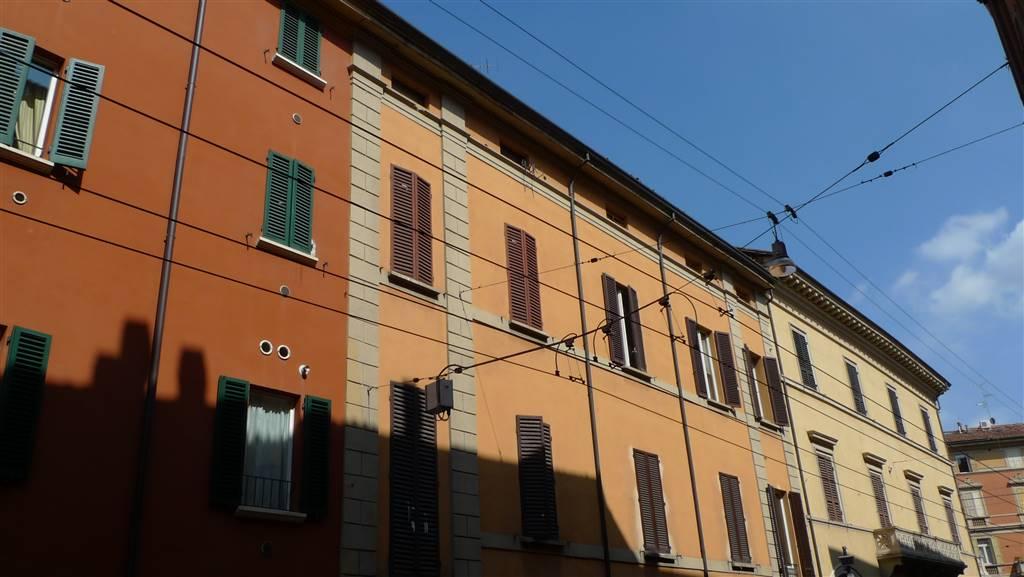 Trilocale in Via Santo Stefano 94, Galvani, Bologna