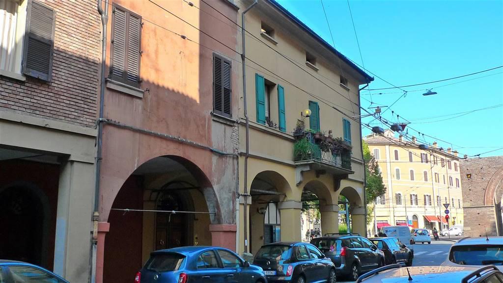 Monolocale in Via Strada Maggiore 94, Galvani, Bologna