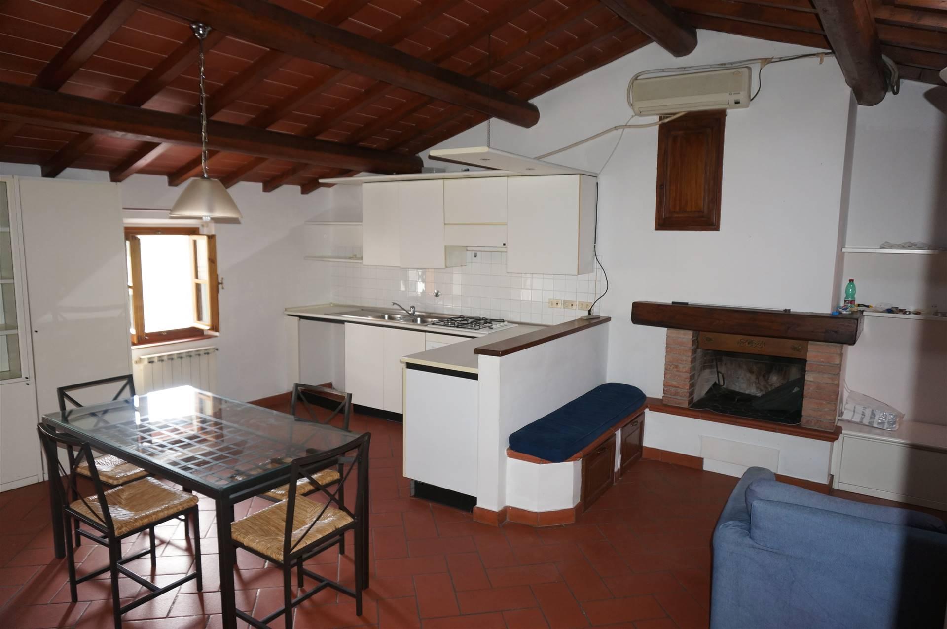 Appartamento in affitto a Borgo San Lorenzo, 3 locali, zona Località: PAESE, prezzo € 500   CambioCasa.it