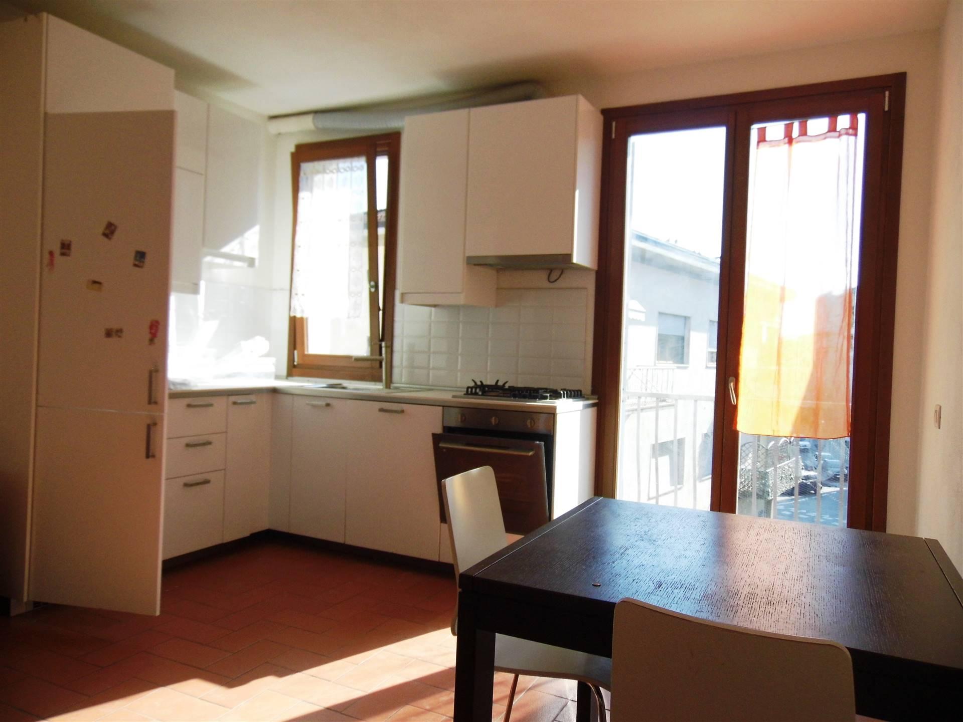 Appartamento in affitto a Borgo San Lorenzo, 3 locali, zona Località: PAESE, prezzo € 600 | CambioCasa.it