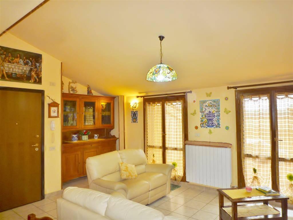 Appartamento, Borgo San Lorenzo, seminuovo