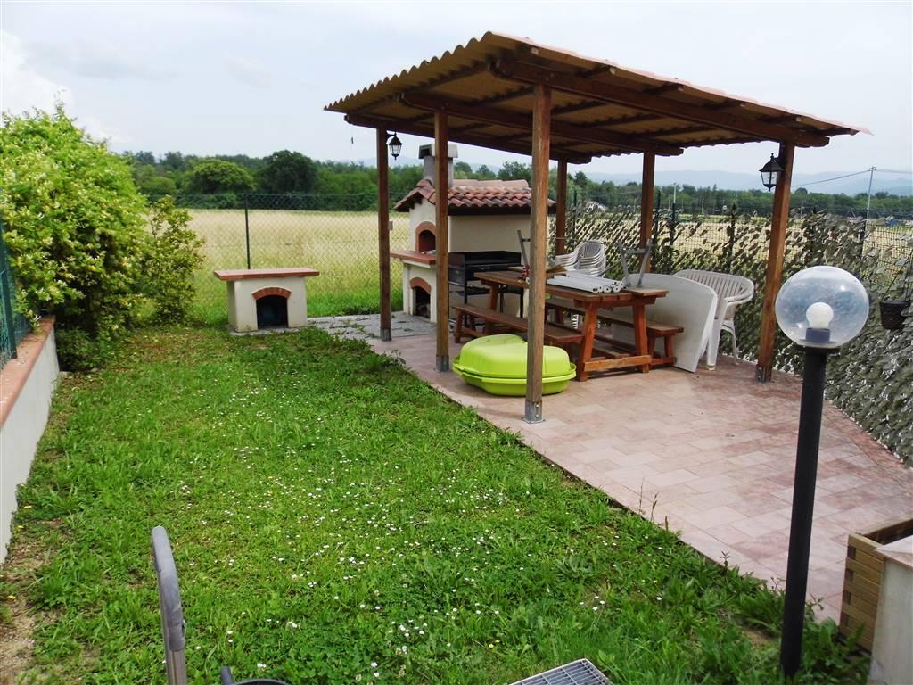 giardino con forno