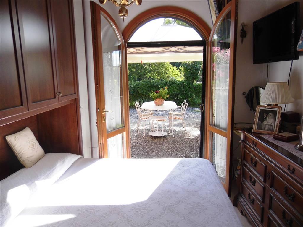 camera con accesso al giardino