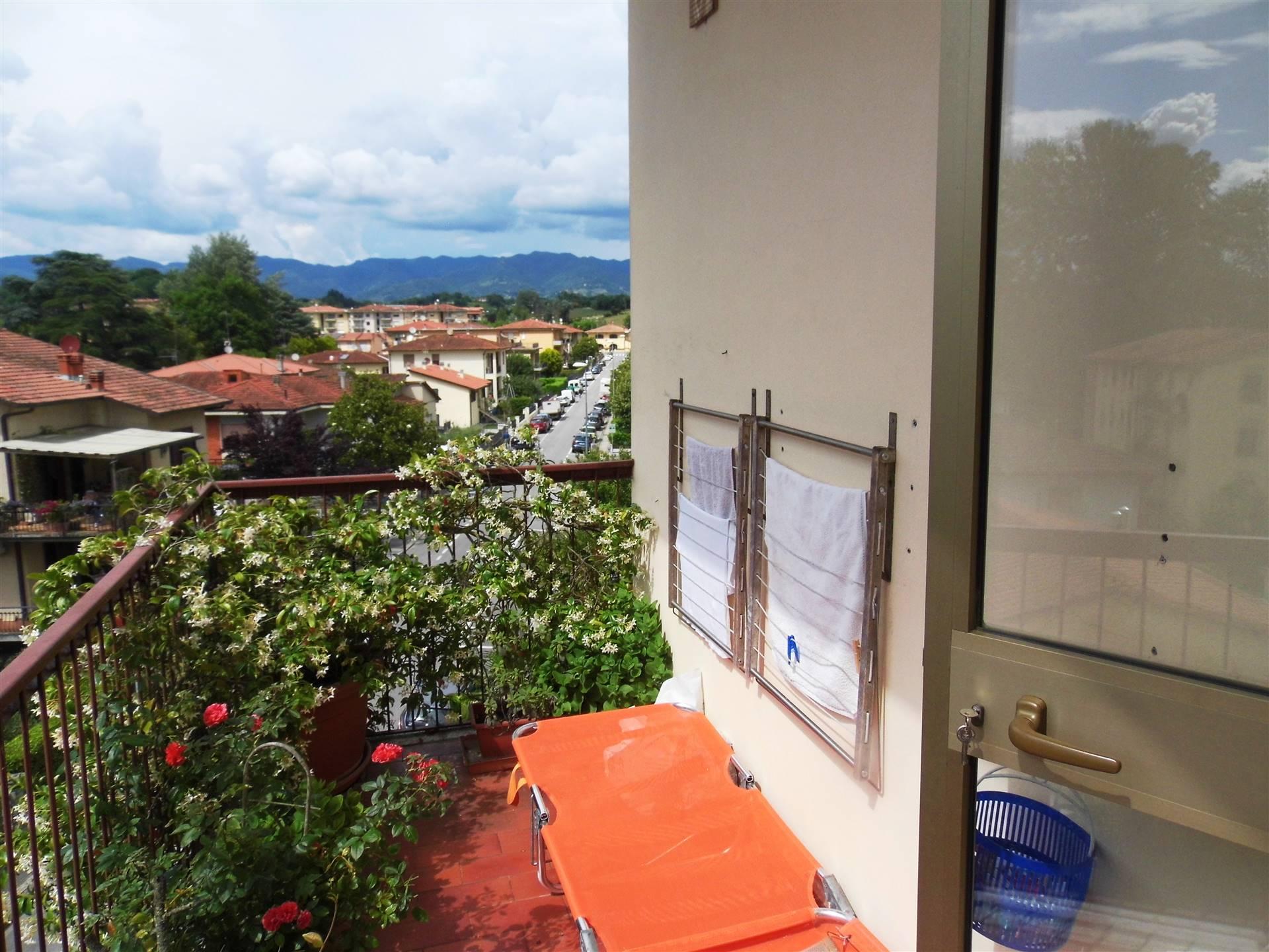 Appartamento in vendita a Borgo San Lorenzo, 4 locali, zona Località: PAESE, prezzo € 159.000   PortaleAgenzieImmobiliari.it