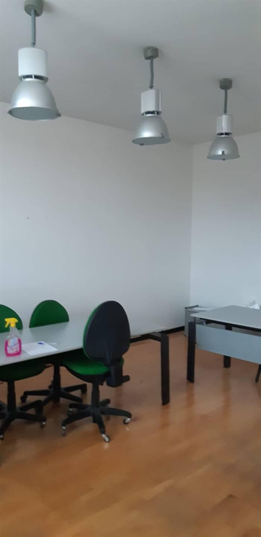 Ufficio / Studio in affitto a Borgo San Lorenzo, 9999 locali, zona Località: PAESE, prezzo € 800 | CambioCasa.it