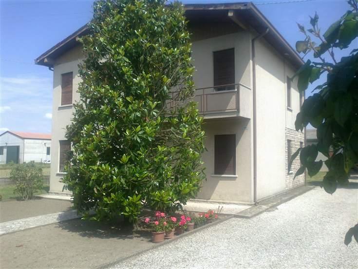 Villa in Via Carducci 545, San Martino Di Venezze