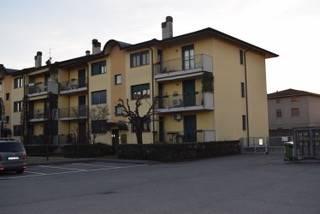 Quadrilocale in Via Dei Caniana  9, Cologno Al Serio