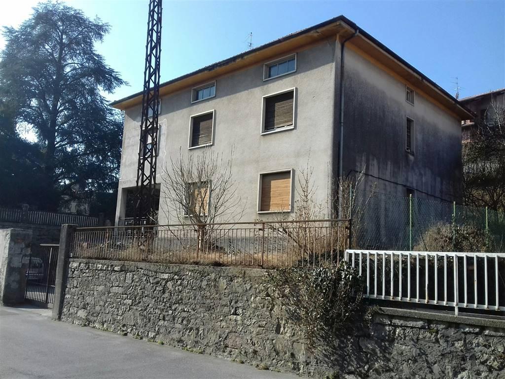Quadrilocale in Via Fratelli Manzoni, Almenno San Bartolomeo
