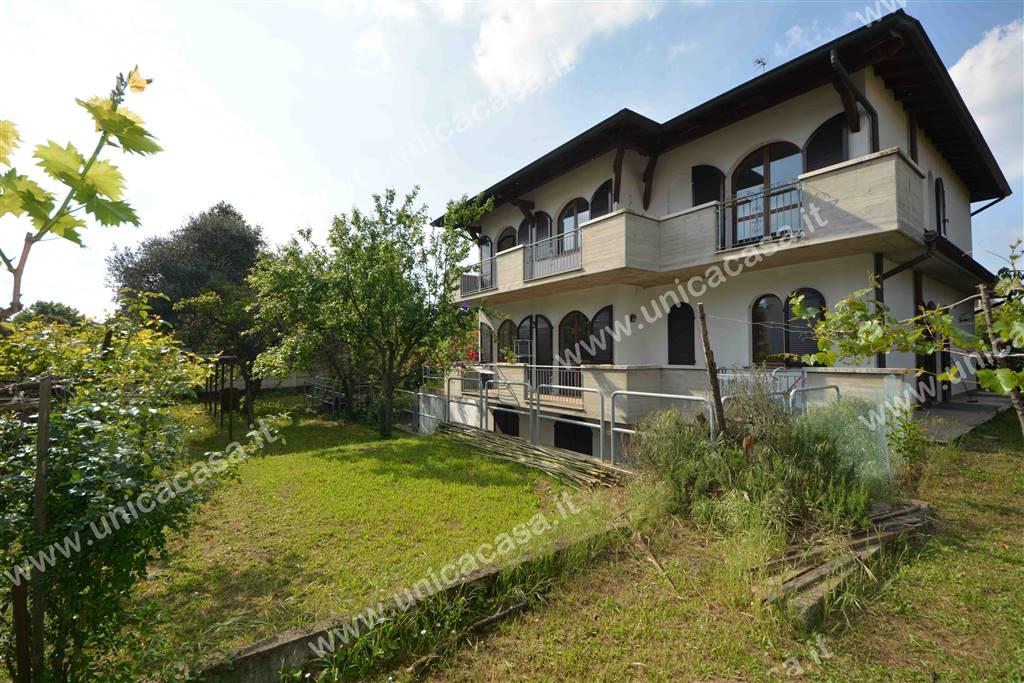 Villa, Treviglio, abitabile
