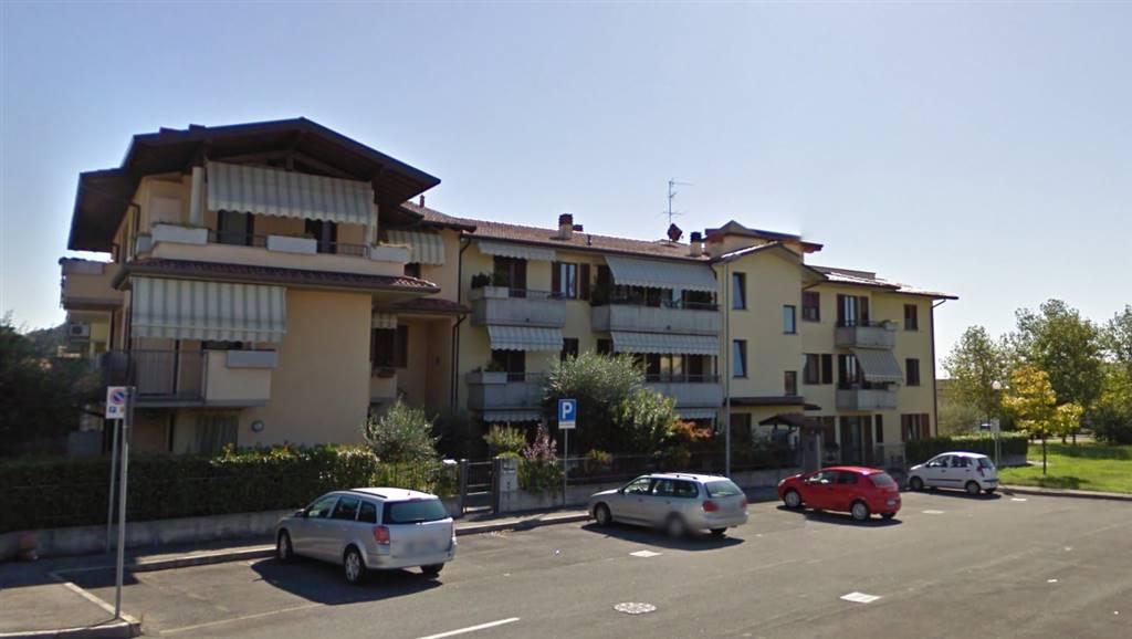 Quadrilocale in Via Papa Giovanni Xxiii  25/h, Chiuduno